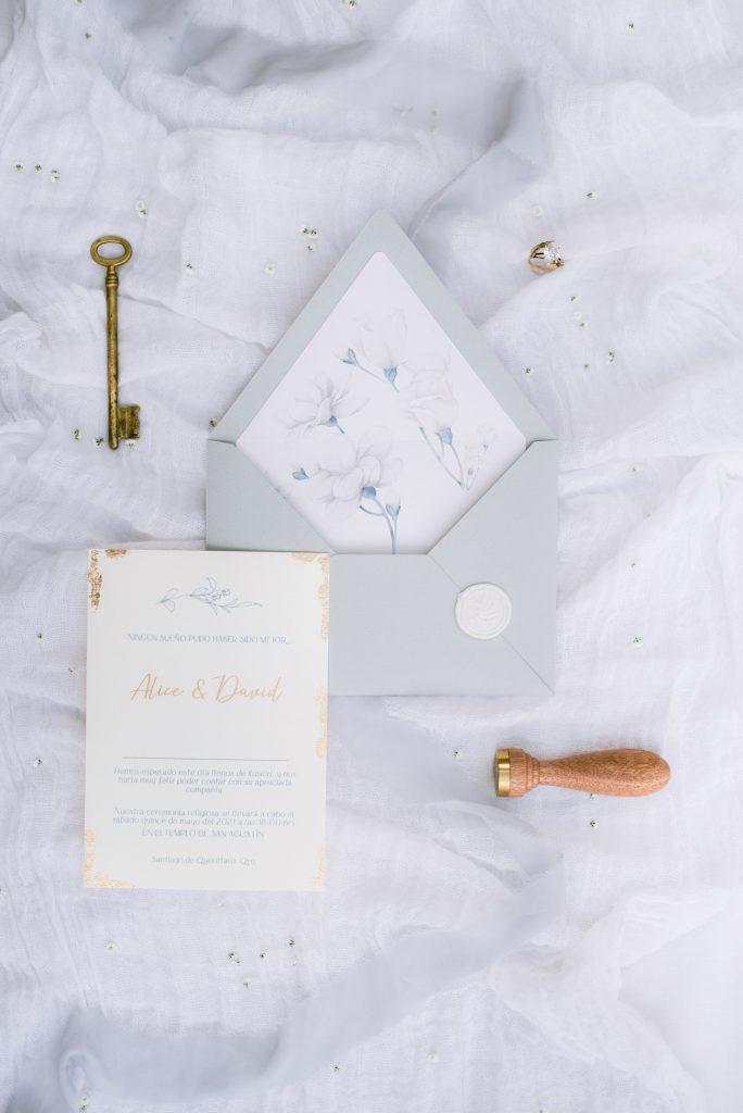 Lucerna invitaciones de boda