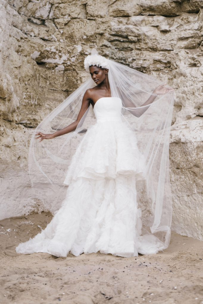 Vestidos de novia Halfpenny London 2022
